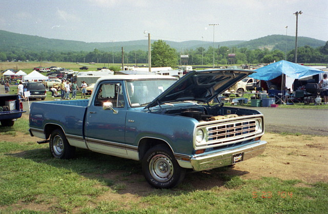 1974-76 Dodge D-100 Adventurer pickup | Mid-Atlantic Mopar M… | Flickr