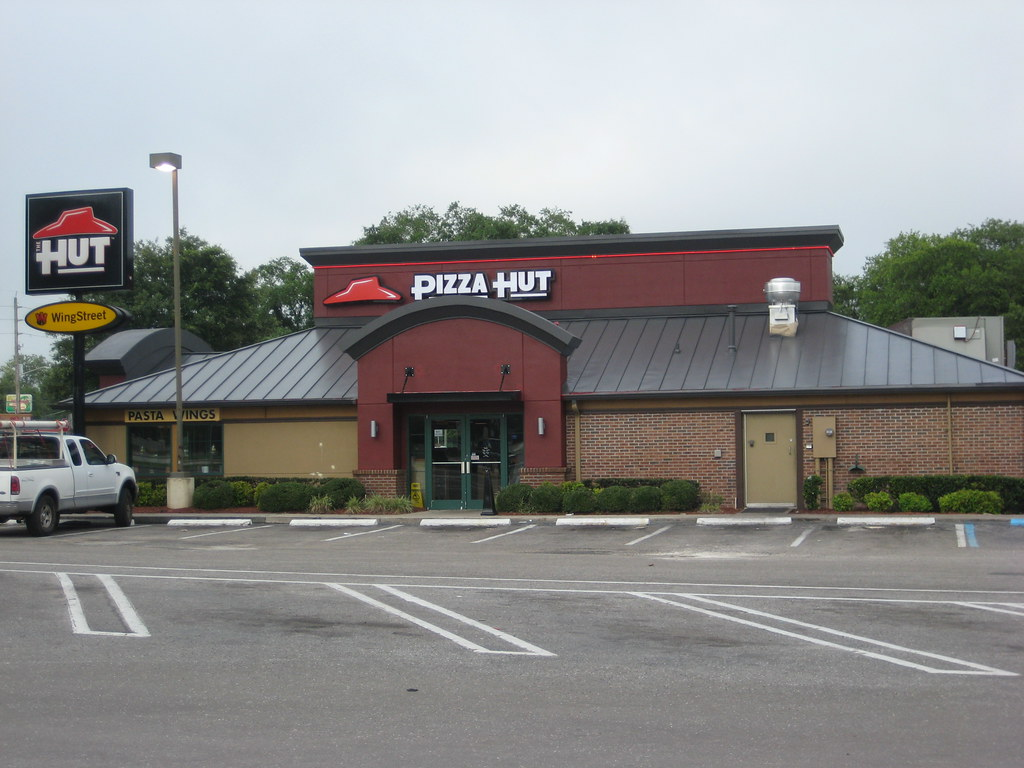 new pizza hut building 2