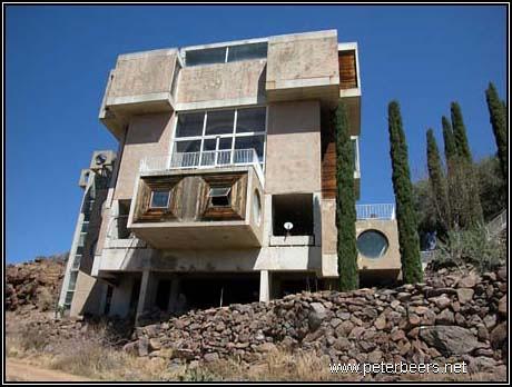 Paolo Soleri, Crafts 3 Building, Arcosanti | Resource ...
