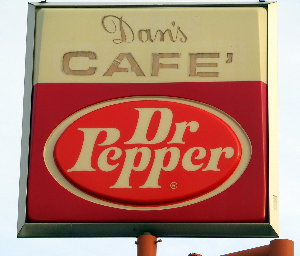Dan S Cafe Lexington Tn