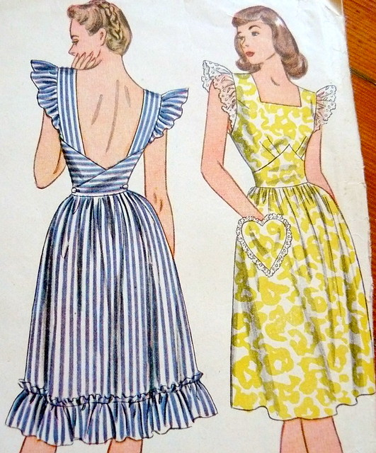 Vintage sewing pattern: pinafore dress 1940s | Blogged here ...