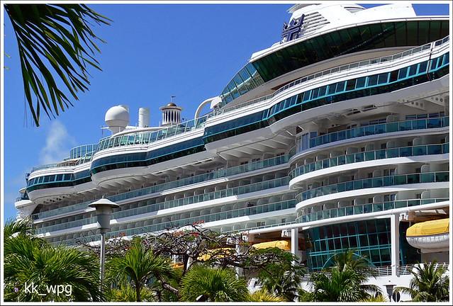 Starboard Side Serenade Of The Seas Royal Caribbean Crui