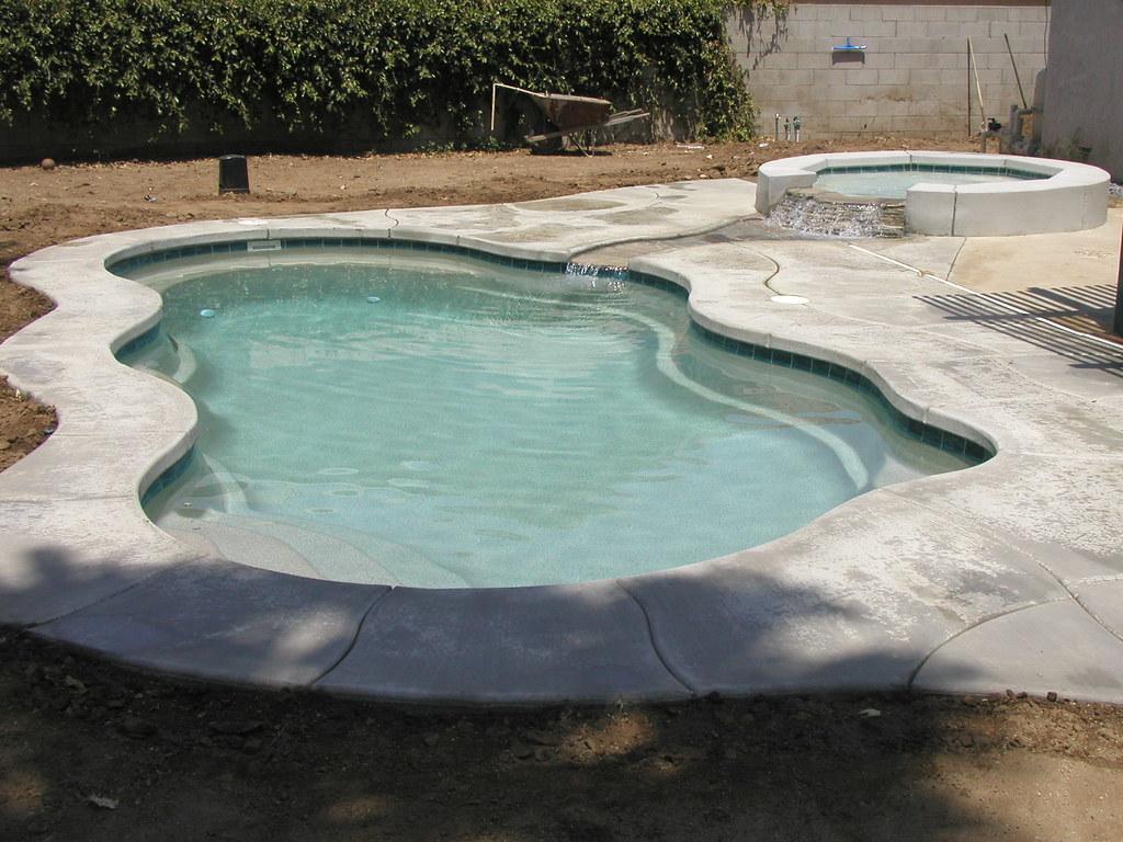 Laguna 29a viking pools free form fiberglass pools o for Viking pools