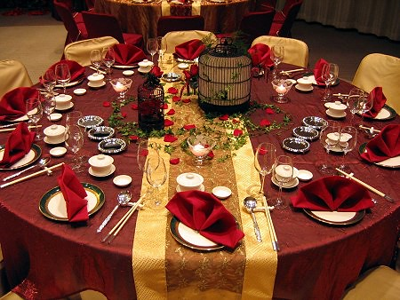 red gold centerpieces table settings wedding reception flickr. Black Bedroom Furniture Sets. Home Design Ideas