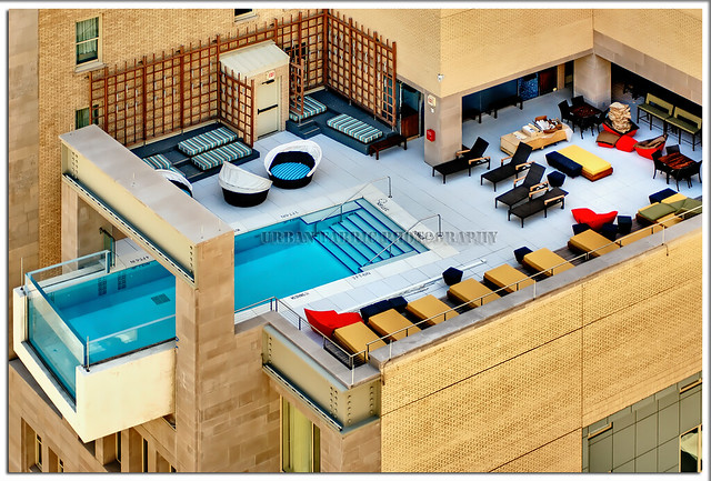 Urban joule hotel infinity pool dallas tx justin for Hotels in dallas with indoor pools