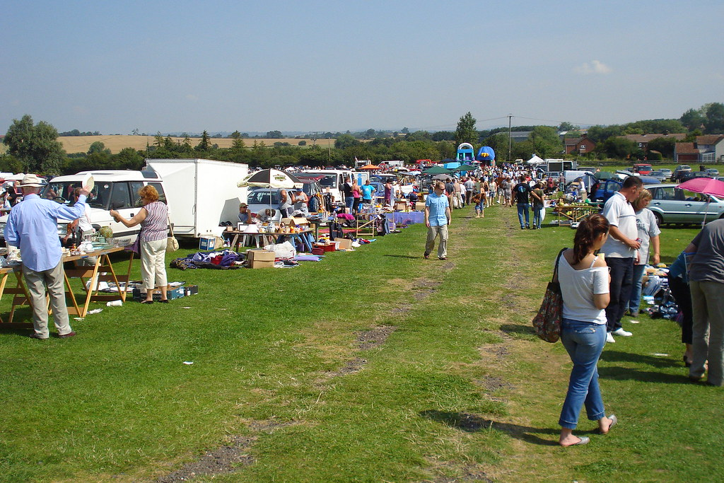 Car Boot Sale Pinewood Monday