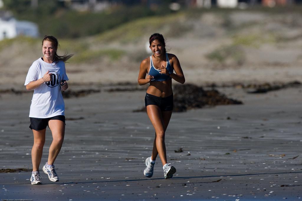 images of girls jogging № 13193