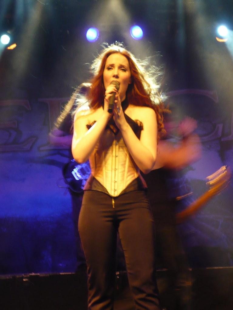 Simone Simons From Epica Epica 21 11 08 Elys 233 E