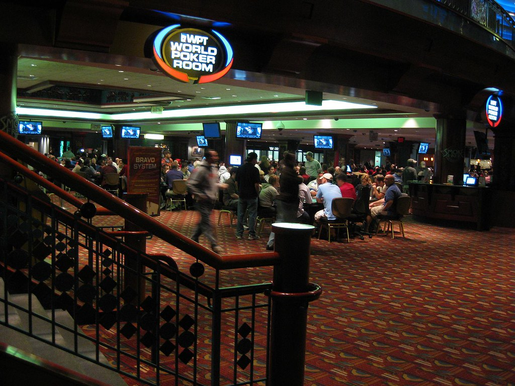 Foxwoods casino poker room gambling problem bc