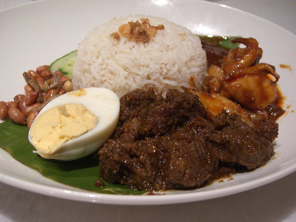 old town kopitiam nasi lemak with beef rendang and sambal
