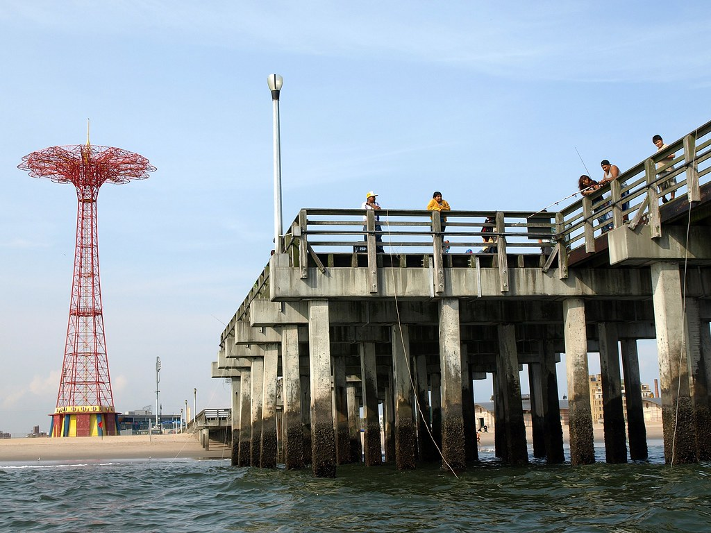 Coney island fishing pier brooklyn new york city for Brooklyn fishing report