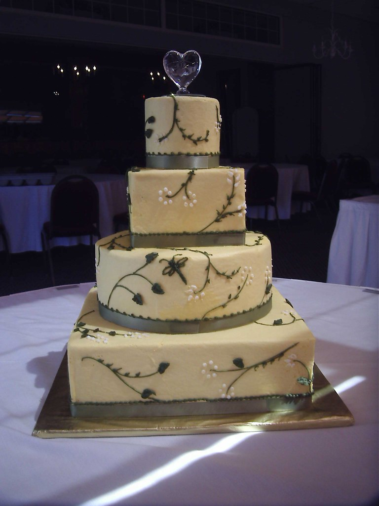 Wedding Cake In Round And Square Yellow Buttercream Flickr