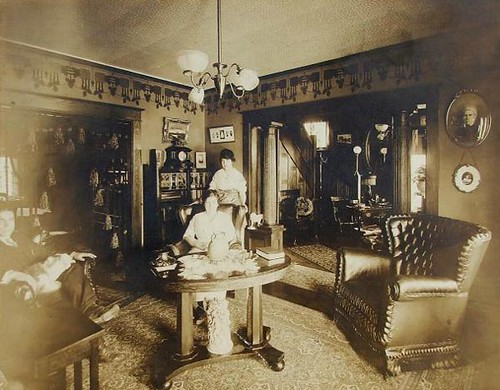 Sitting In The Parlor 1900 S Gaswizard Flickr