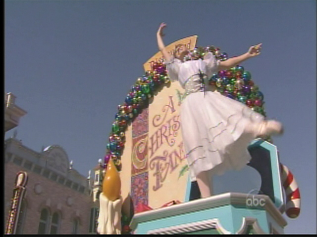 Walt Disney World Christmas Day Parade Special 2008 at Di ...