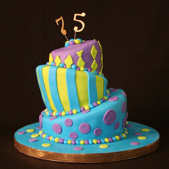 88 75 Birthday Cake Images