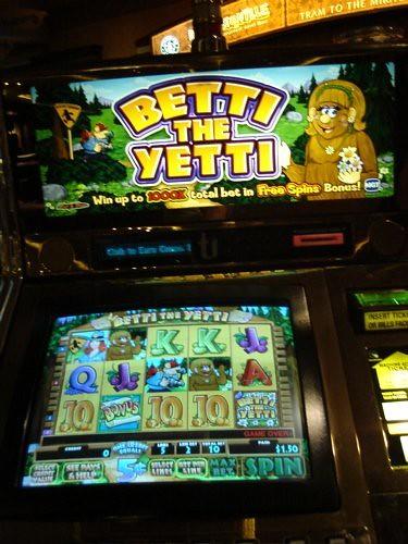 betty the yetti slot machine
