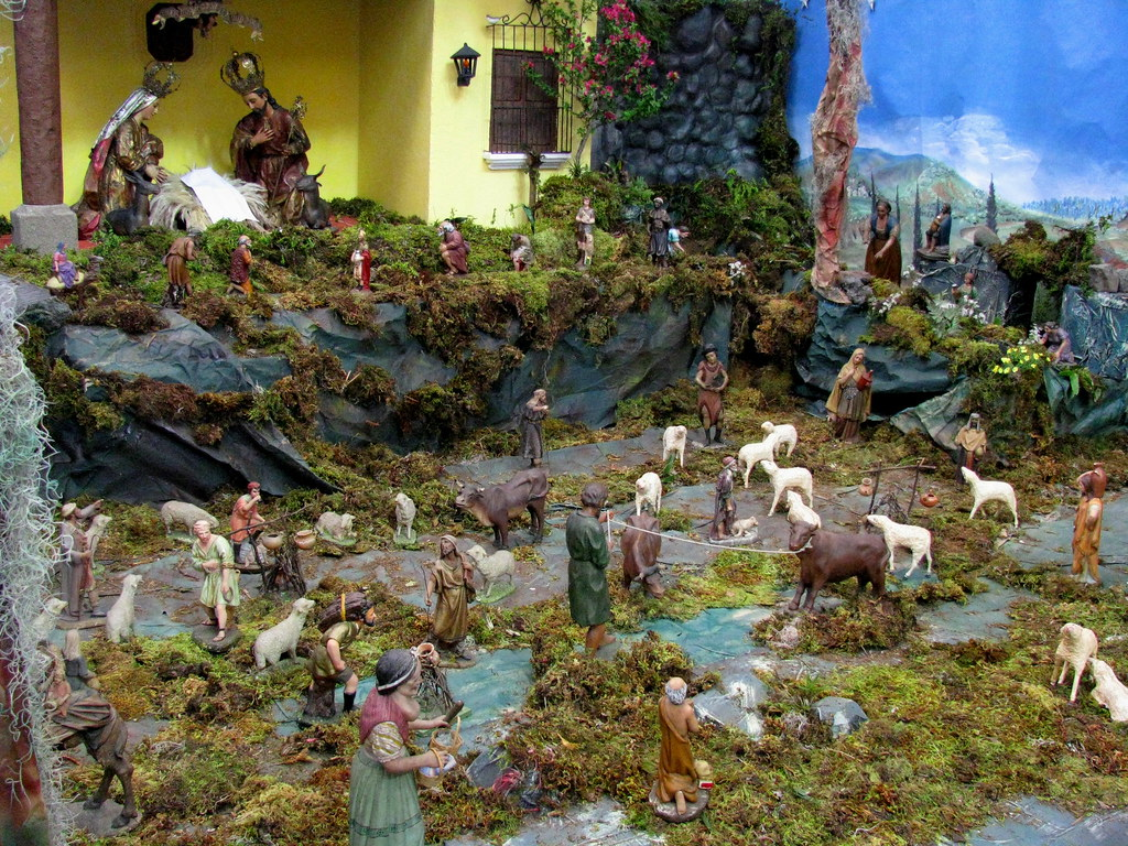 Nacimiento del templo de la merced guatemala navidad 200 for Bungalows el jardin retalhuleu guatemala