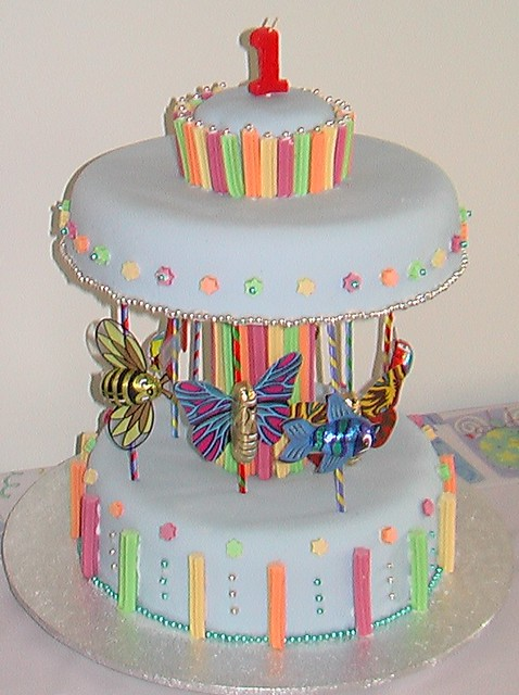 Carousel Birthday Cake Based On The Cake In The Woman S