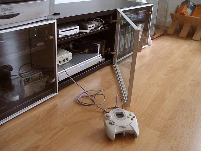 Gaming Setup - Glass Door | Flickr - Photo Sharing!