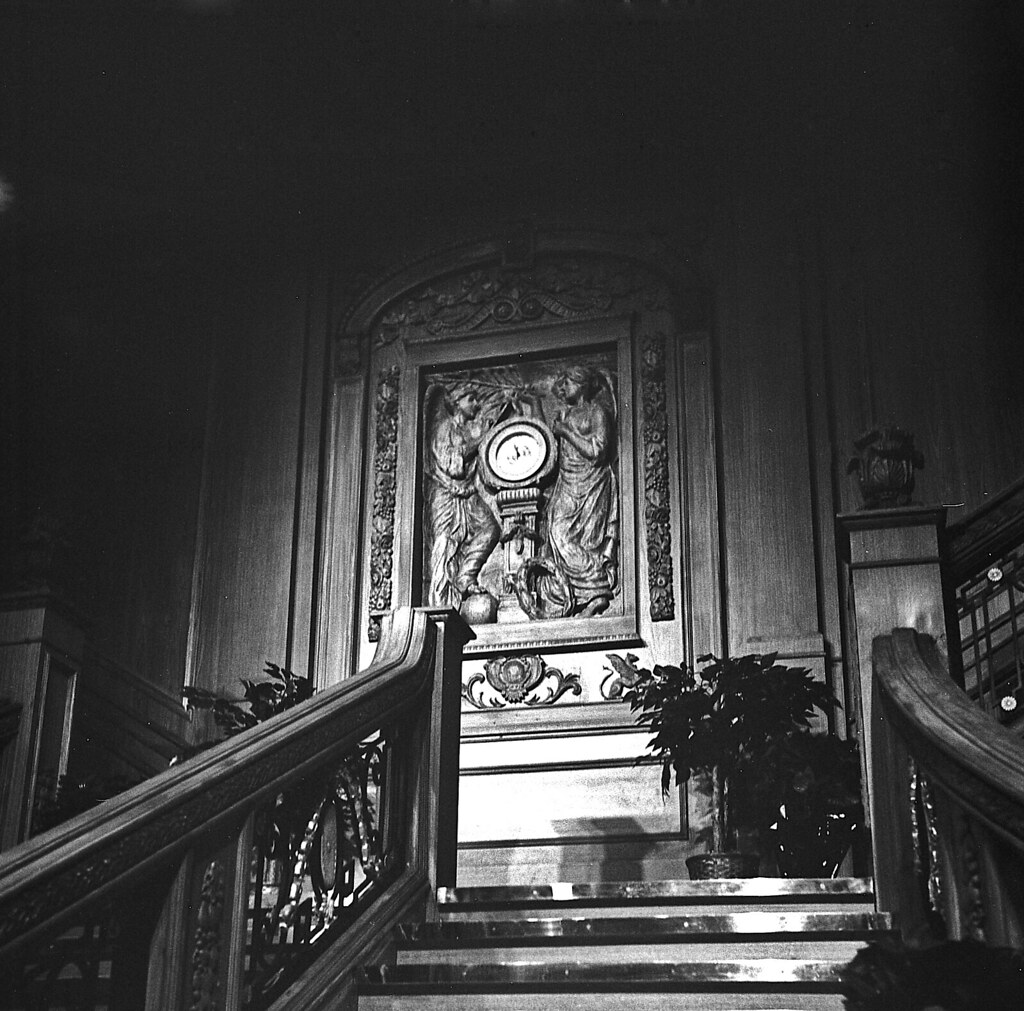 Titanic Grand Staircase Clock Had The Time To Walk Up