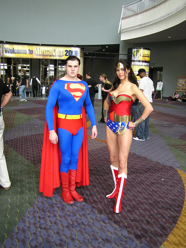 Superman And Wonder Woman  Great Costumes  Mark  Flickr-1624