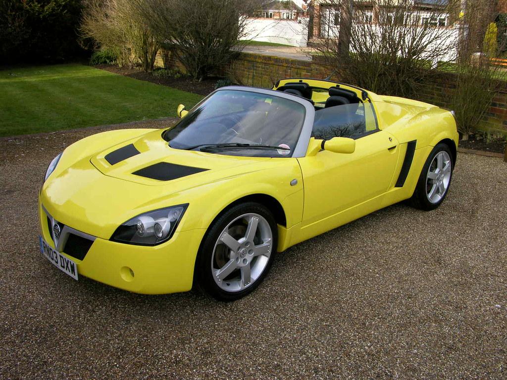 Vauxhall VX220 Lightni...