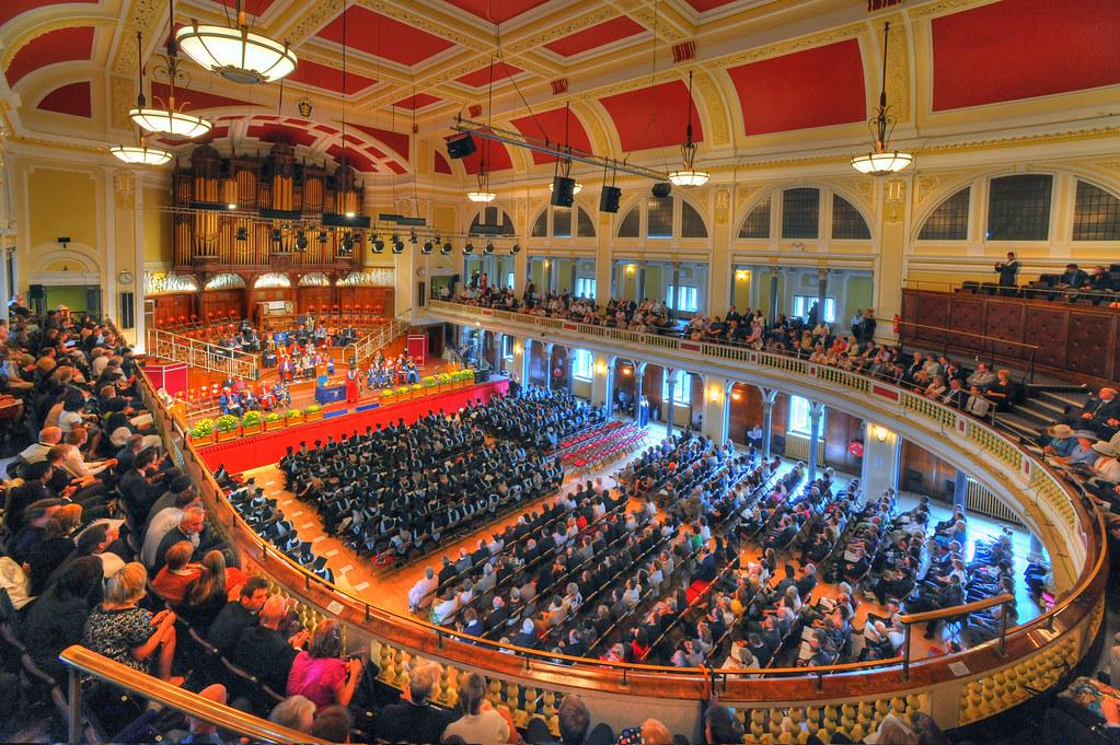 Hull University Degree Ceremonies In Hull City Hall Interi