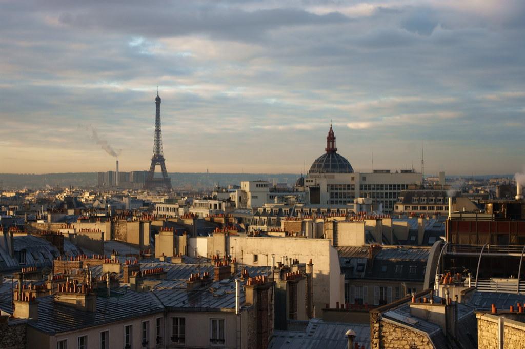 Paris lever du soleil depuis la terrasse de l 39 agence ddb r for Agence immobiliere specialisee terrasse paris