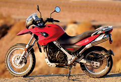 Motorcycle-Test-2009-BMW-G650GS-Tuttle-11