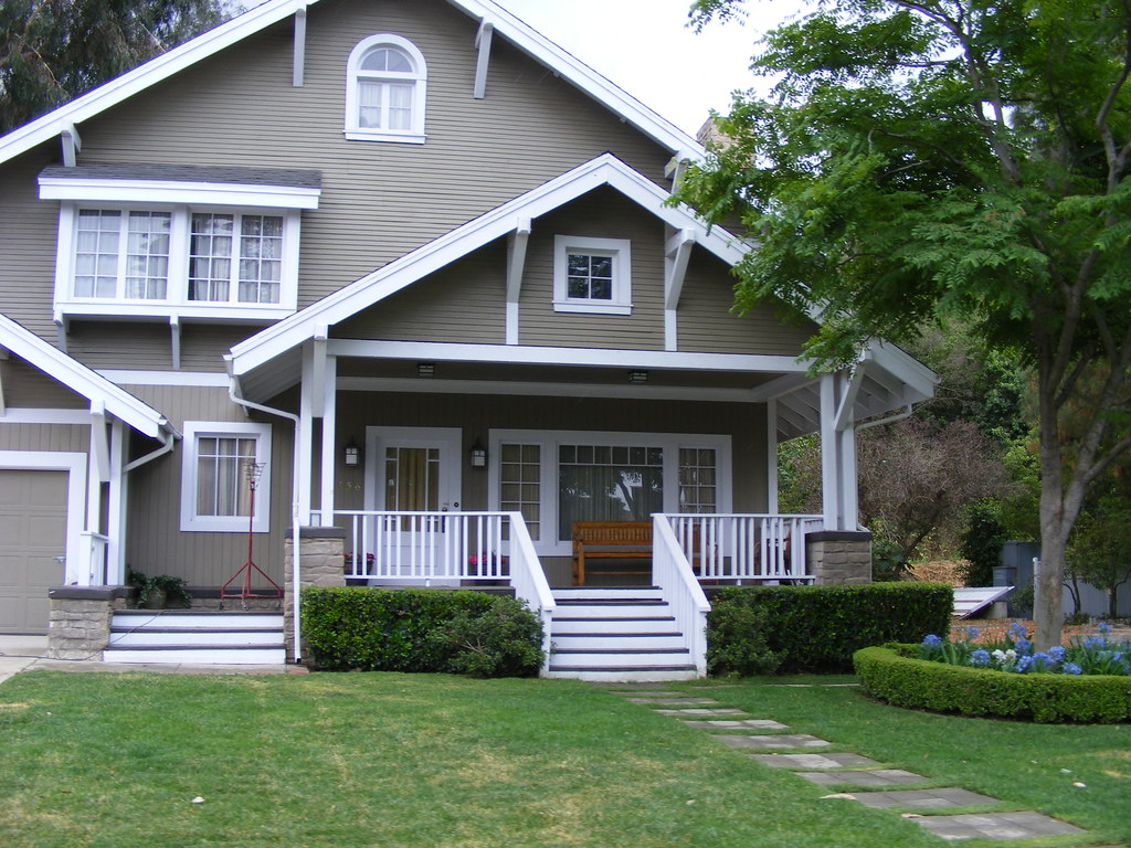 Desperate housewives wisteria lane catherines 39 house for Catherines house