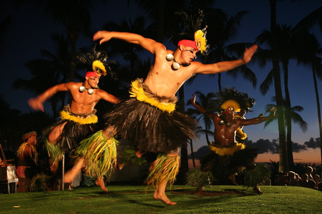 Image Result For Hawaiian Hula Dancers