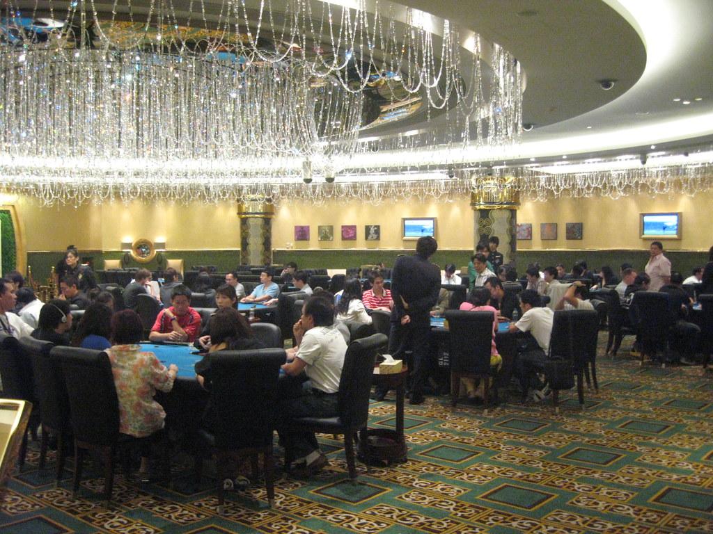 Покер сильная рука