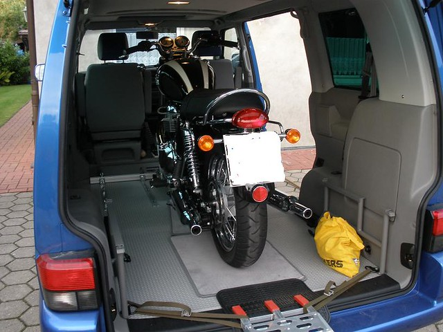 motorradtransport vw bus motomove motorrad. Black Bedroom Furniture Sets. Home Design Ideas