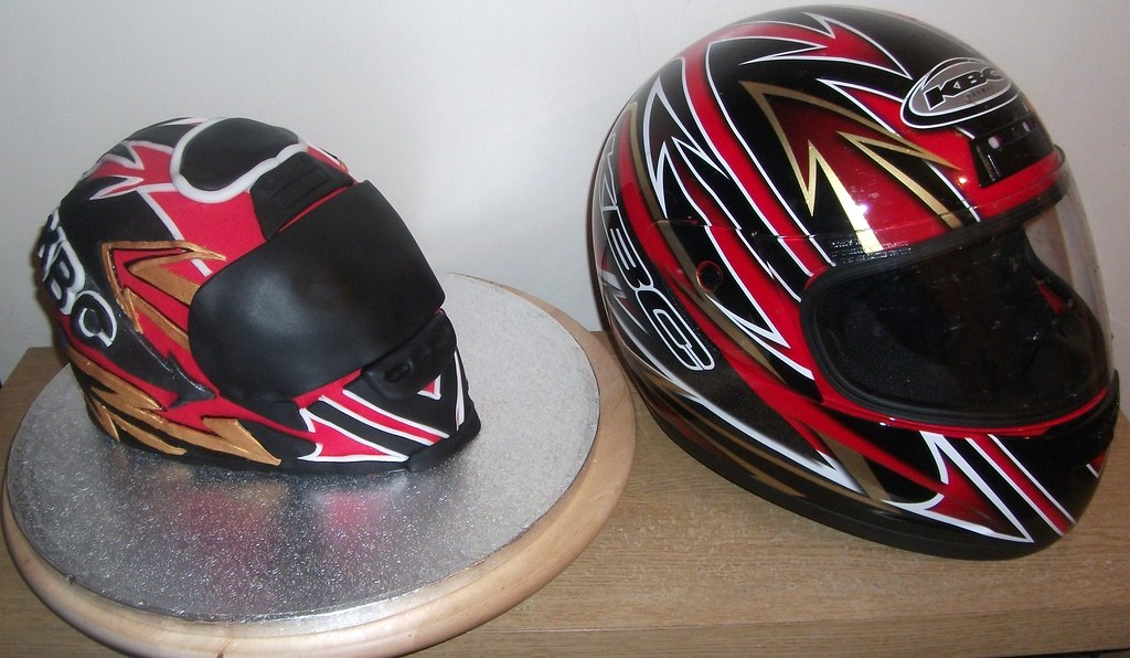 Cake Art Motorcycle Cake Pan : Motorcycle helmet cake This is a cake I ve made for my ...