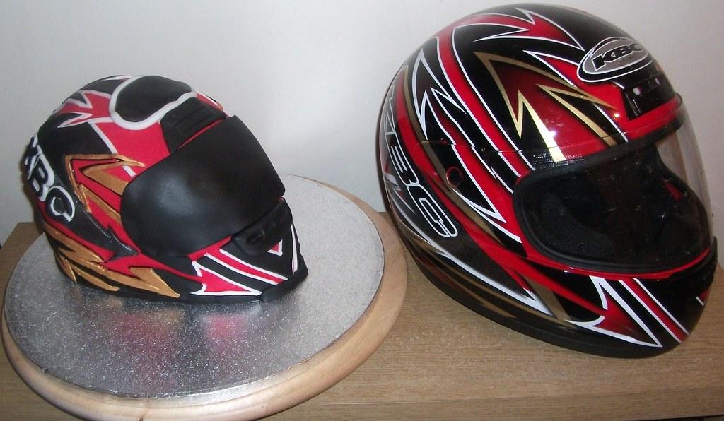 Make Motorcycle Helmet Cake