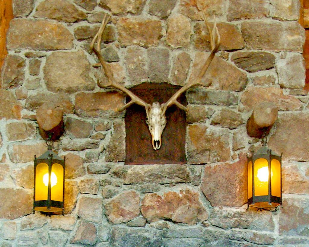 Great Hall Fireplace - Old Faithful Lodge - Yellowstone Na ...