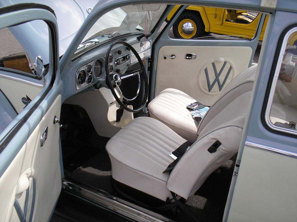 1967 volkswagen beetle sedan sort of interior owner ja flickr for 2008 volkswagen beetle interior
