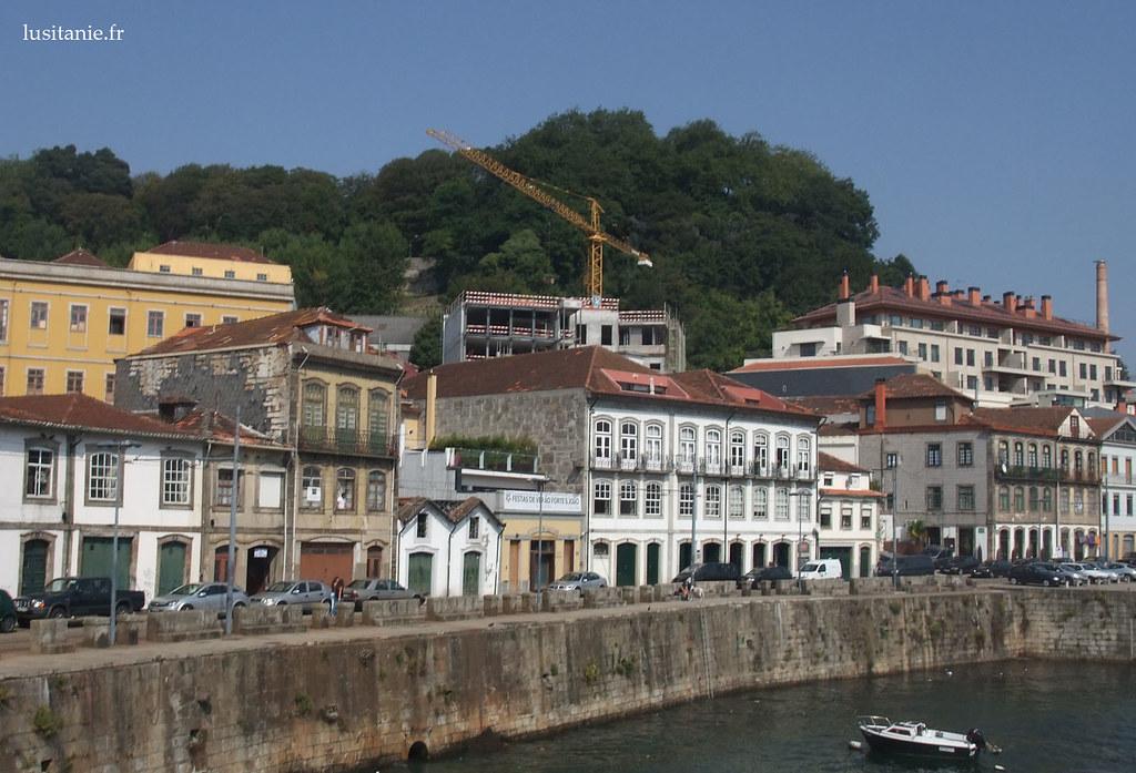 Maisons en bordure du Douro