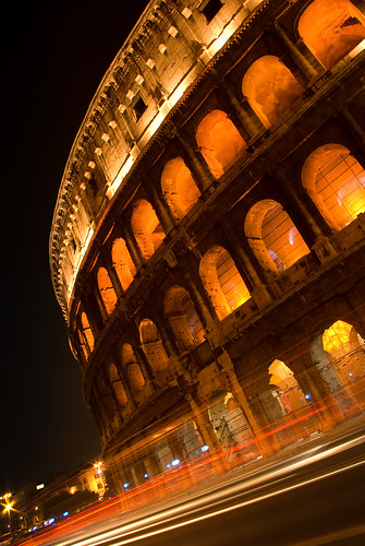 Colosseum at night | by dans le grand bleu