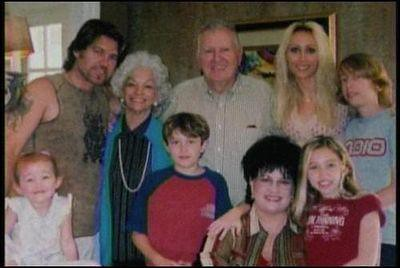 Miley Cyrus Rare | with the whole family | Meegan's Rares3 ... Whole Cyrus Family