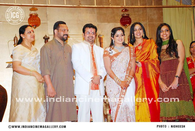Samvritha Sunil 191 Samvritha N Family In Wedding Recept Flickr