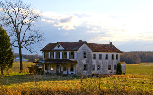 Old farm house in southern maryland this is an old farm for Southern maryland home builders
