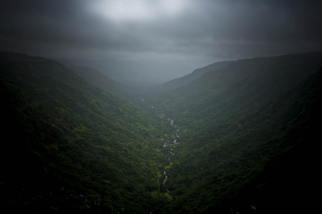 Dark Valley   Dark valley of Mahabaleshwar at Ling Mala ...