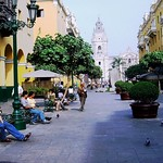Lima - Vista de la Catedral desde un pasaje al costado de la Municipalidad