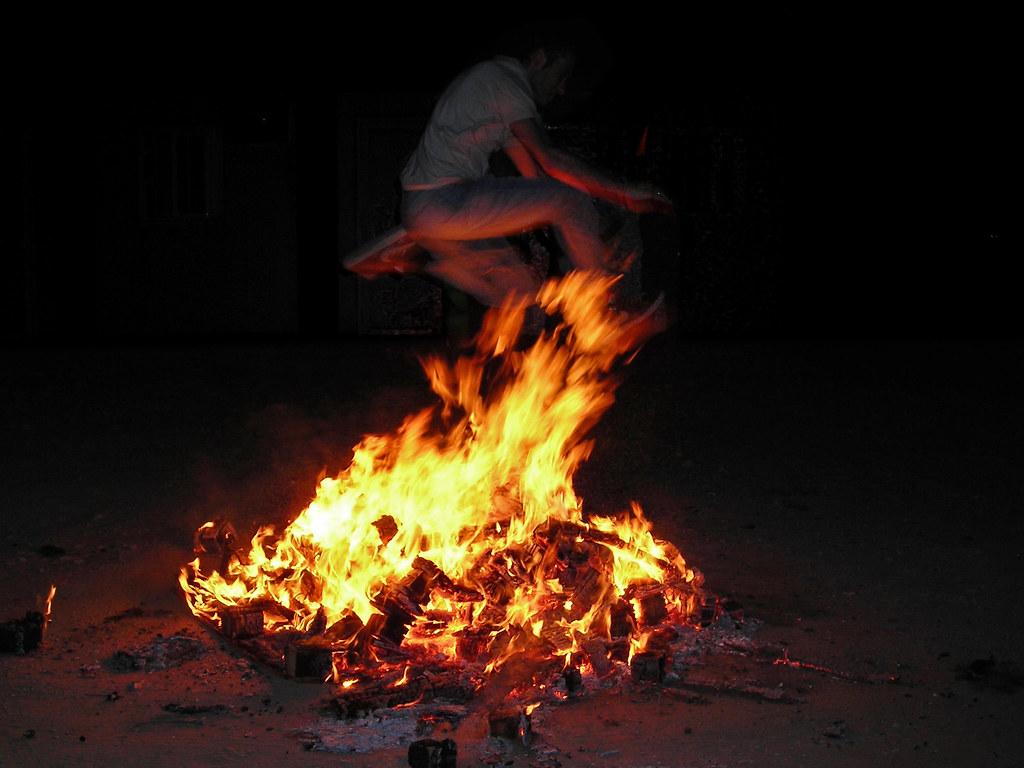 Hogueras de San Juán bonfires