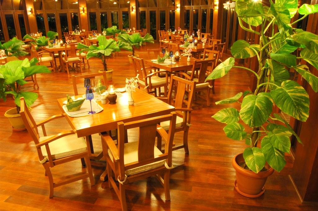Fine dining restaurant | Artful and elegant, the Harbour ...
