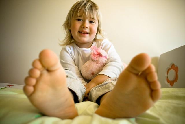 Do my feet smell? | Angela Penn | Flickr