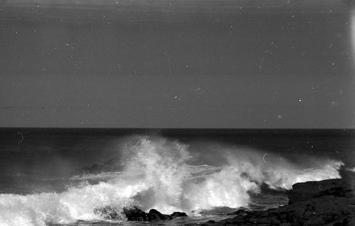 0605 Waves on Saint Ives Island
