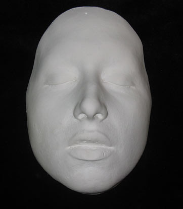 my face: plaster cast | my face was casted in plaster