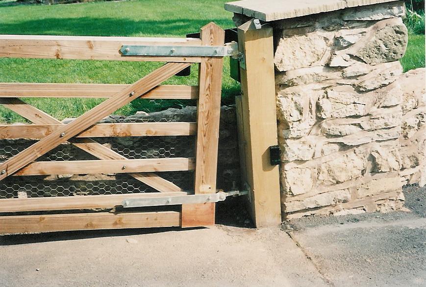how to build a 4 bar farm gate